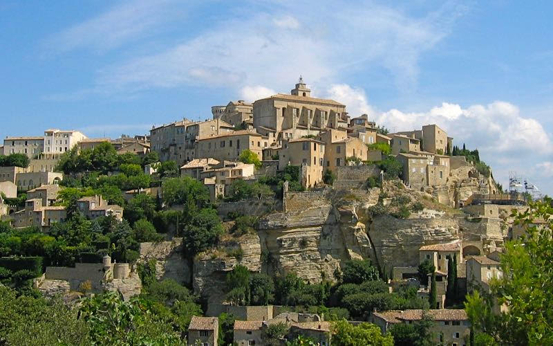 Gordes, a hilltop town in the south of France (Credit: Janice Chung)