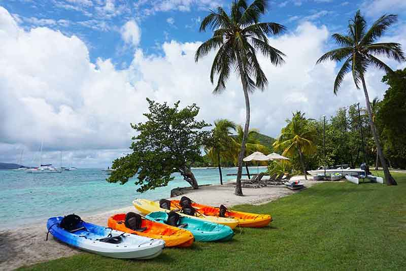 Guests may kayak around the island or to nearby Mopion Islet