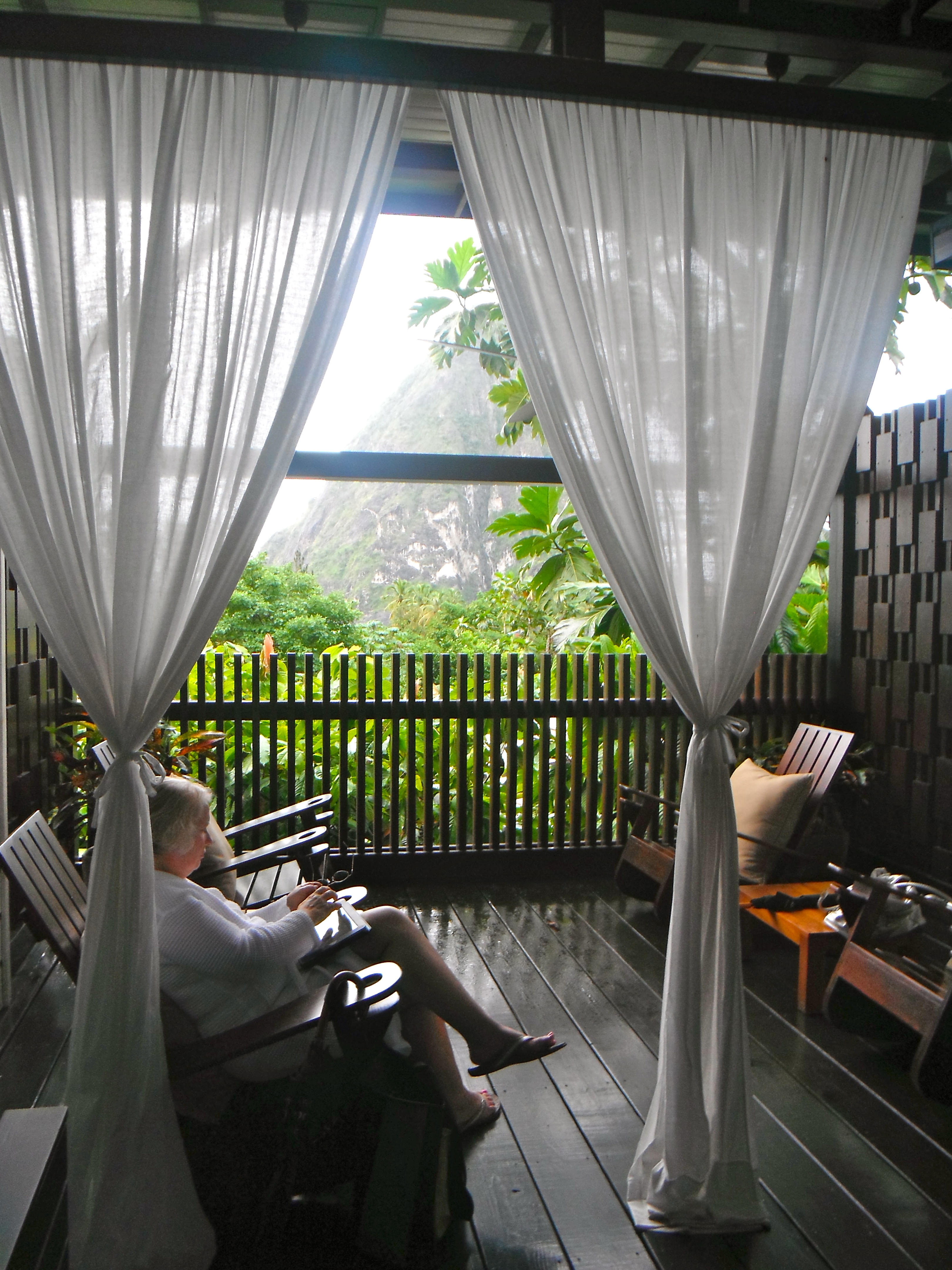 Waiting room at the Hotel Chocolat Boucan spa in St. Lucia with magnificent view of the Grand Piton