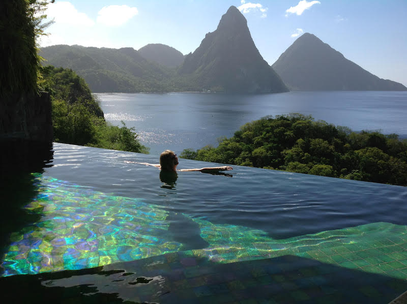 Jade Mountain: Each guest sanctuary comes with its own infinity pool w/views like this!