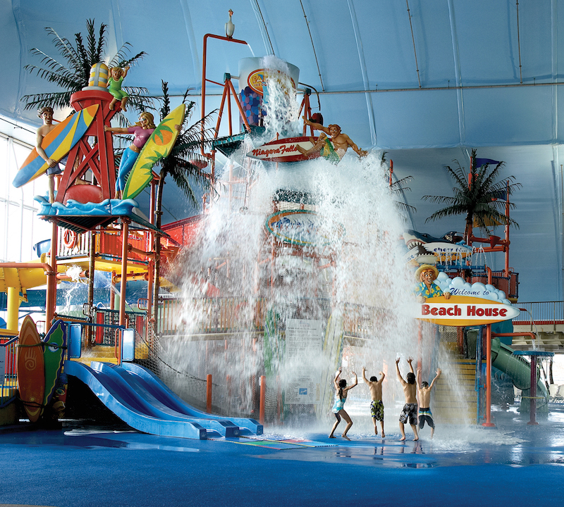 Feeling like a kid again at North America's largest indoor waterpark (Credit: Sheraton on the Falls Niagara Falls)