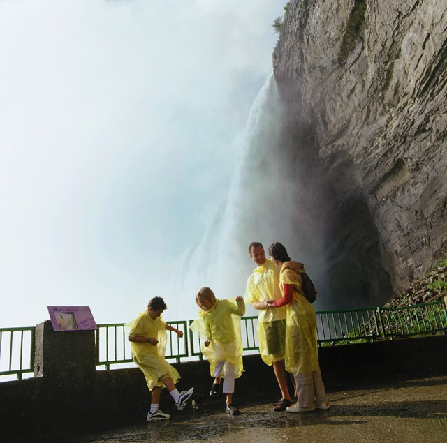 Niagara Falls With Grandchildren