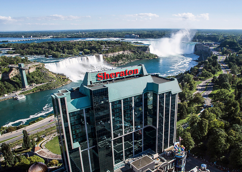 Panoramic views, a highlight of a stay at the Sheraton on the Falls (Credit: Sheraton on the Falls Niagara Falls)