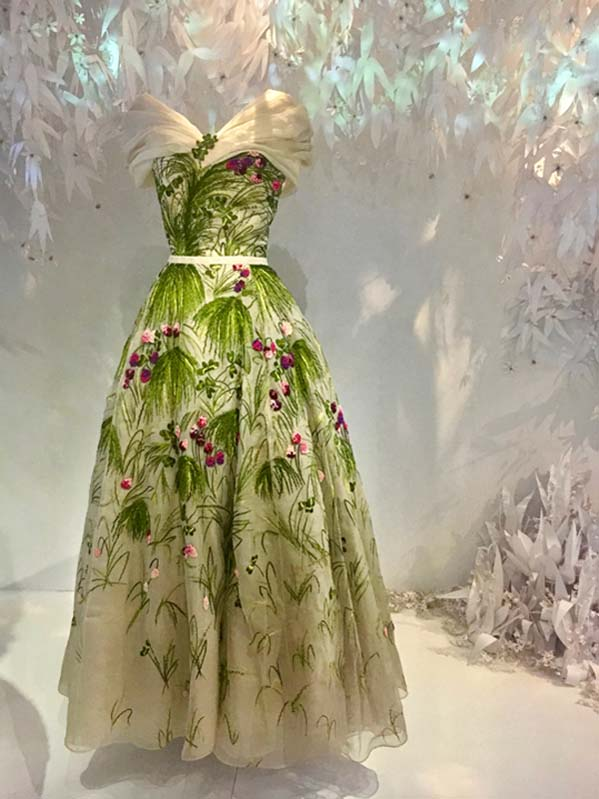 Christian Dior, Couturier Du Reve: 70 Years Of Dior