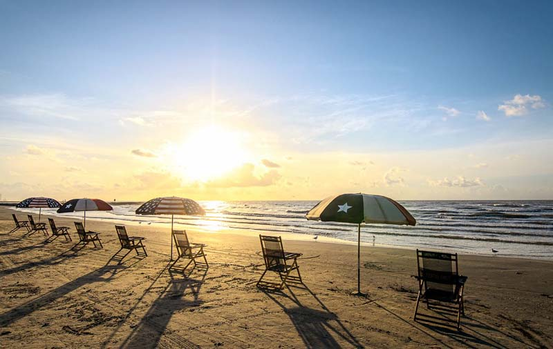things to do in Galveston - go to the beach