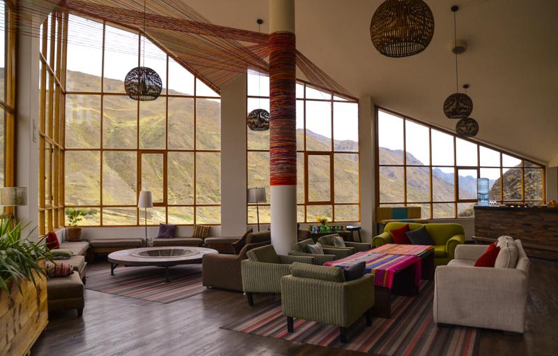 Relaxing lobby of the Hucahuasi Hotel