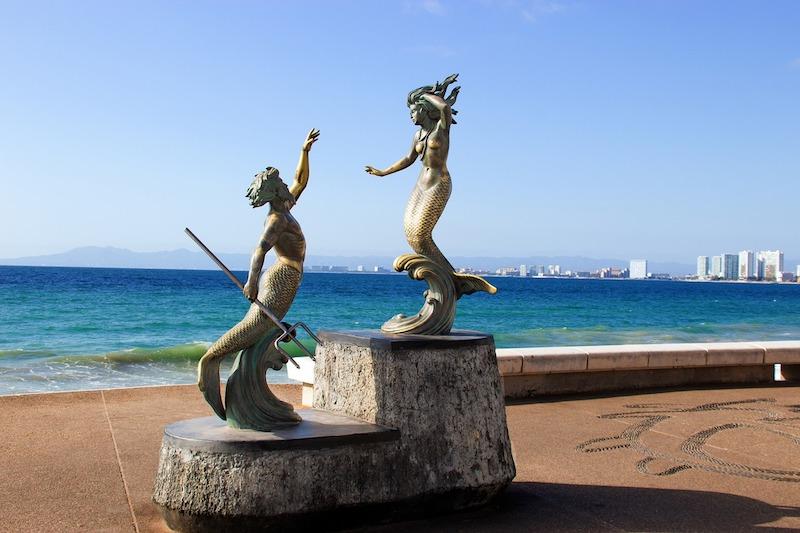 Triton and Nereida mermaid statue on the Malecon in Puerto Vallarta (Credit Pixabay)