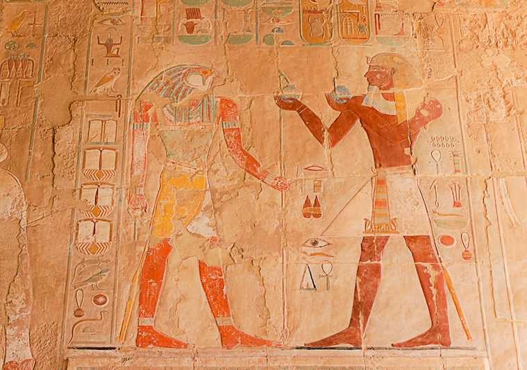 Decoration on the wall of the Hatshepsut Temple.jpg