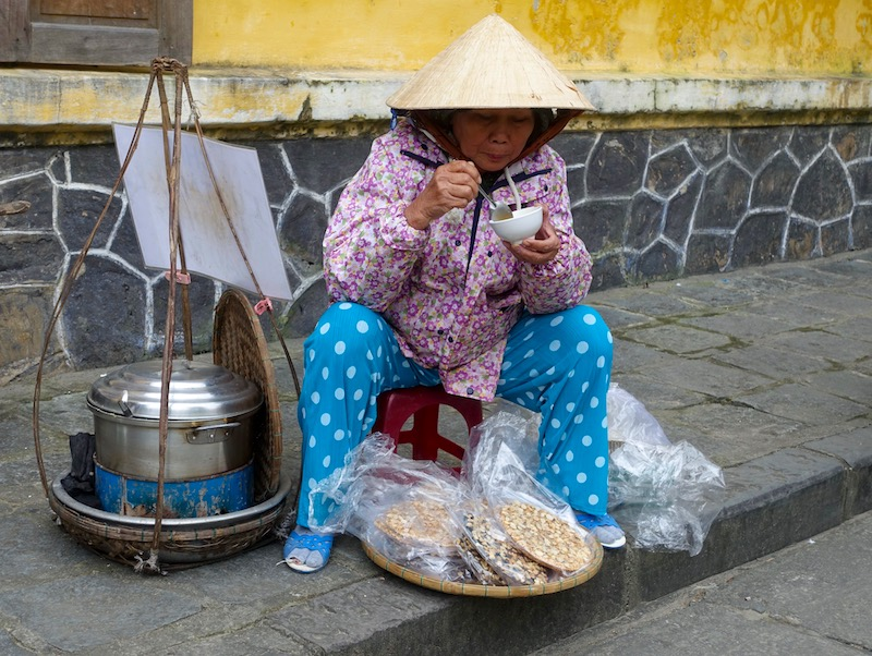 Women eating in Vietnam