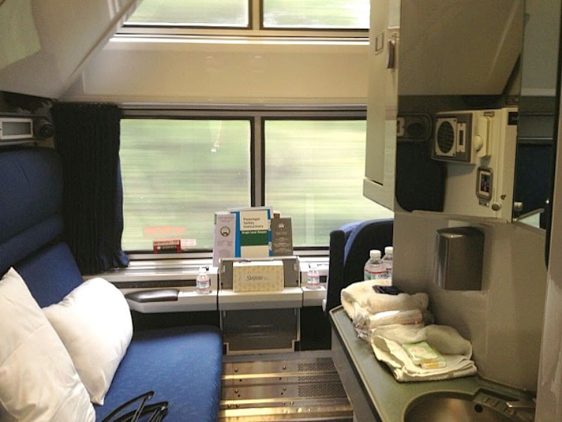 Amtrak bedroom suite (Photo credit: Amtrak)