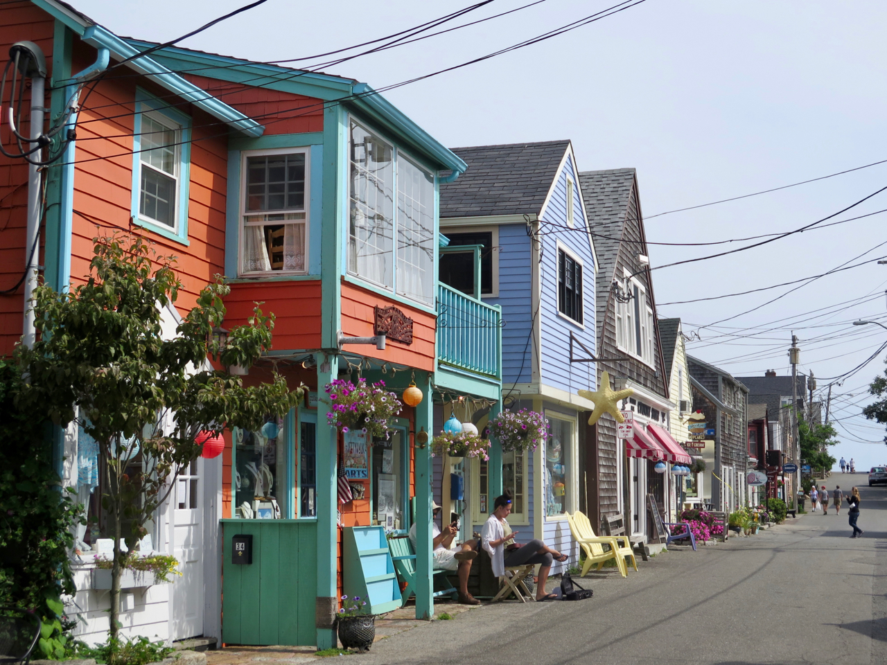 The arts colony on Bearskin Neck in Rockport Mass is just minutes from this traditiona New England seaside inn.