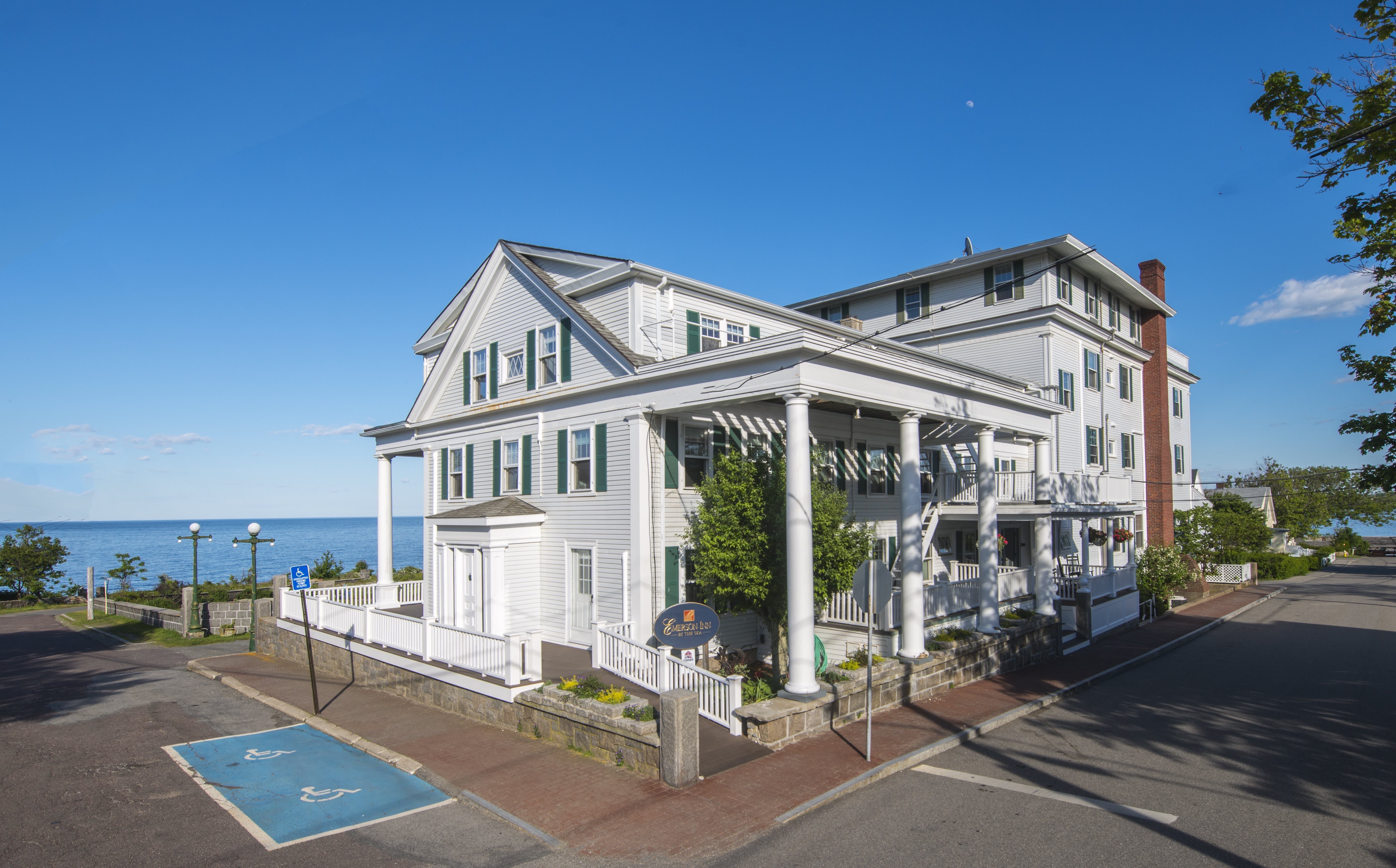 The Emerson is a traitional New England seaside inn.