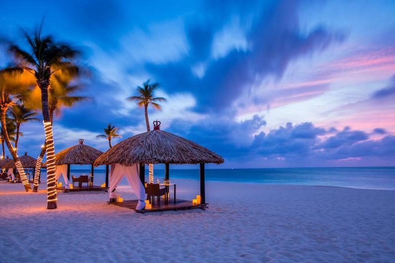 Sunset hut (credit: Bucati & Tara)