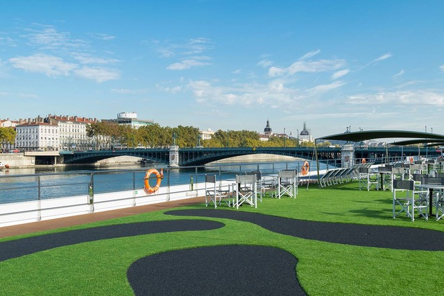 There's a putting green aboard Emerald Waterways Star Ship Liberte