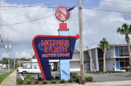 Retro Mother Earth Motor Lodge