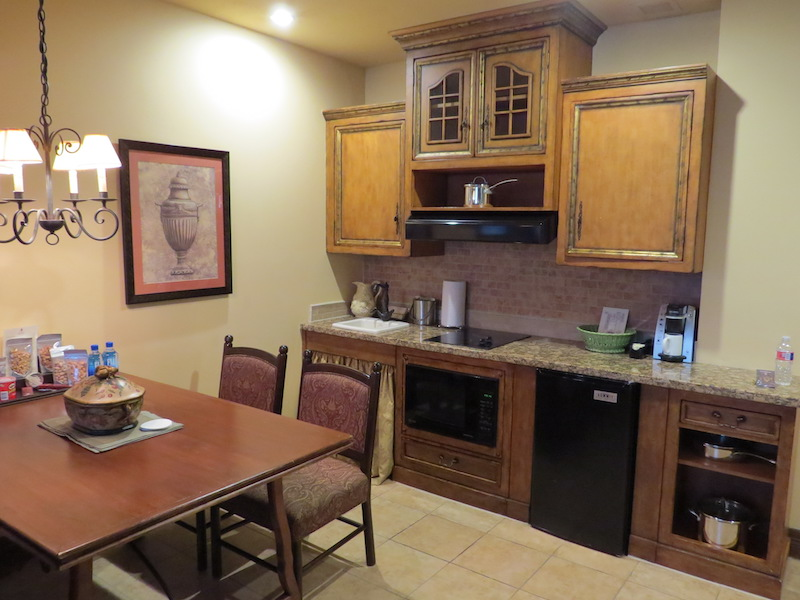 Houston Weekend - Our kitchenette at Hotel Granduca