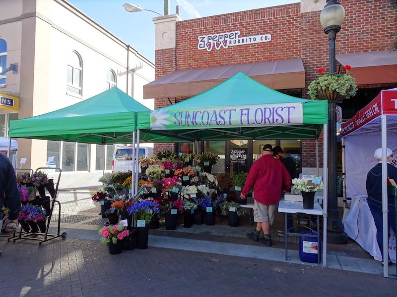 farmer's market in downtown Sarasota