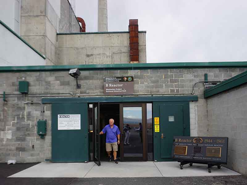 B Reactor exterior, Hanford, WA