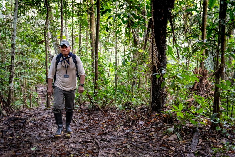 Paramedic Marcos in the Peruvian jungle