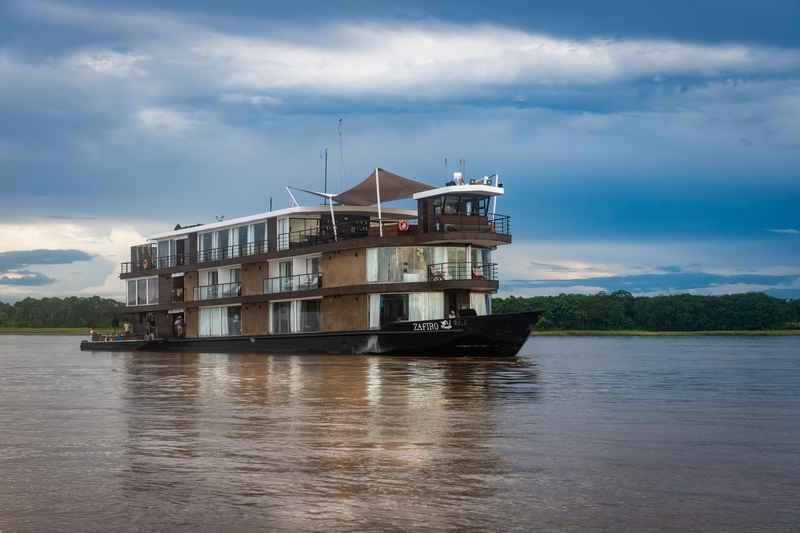 Zafiro on the Peruvian Amazon