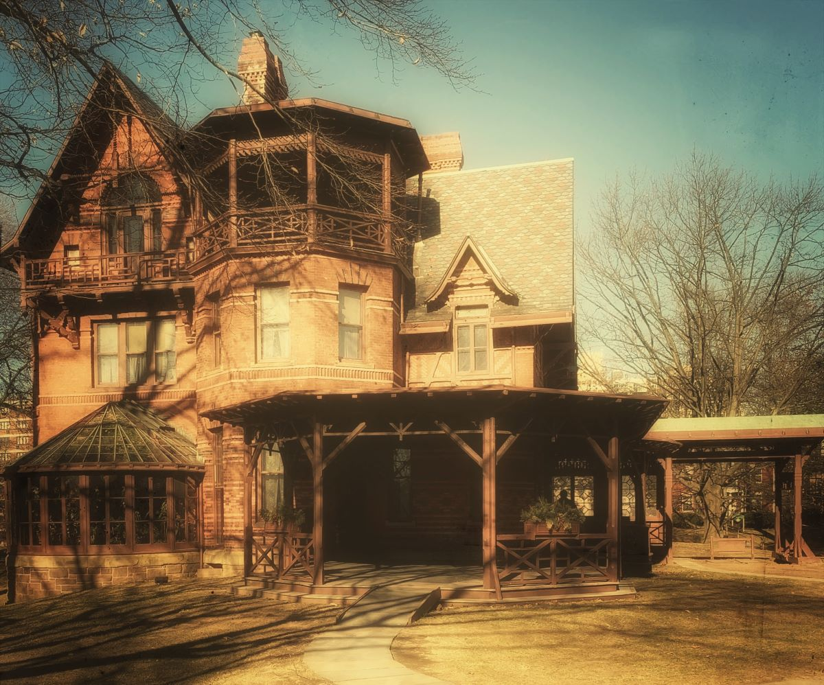 The exterior of author Mark Twain's home in Hartford, CT.