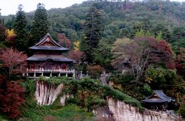 Yanaizu, about an hour's train ride from Aizuwakamatsu, is a hot-spring village famous for Enzoji Temple.JPG