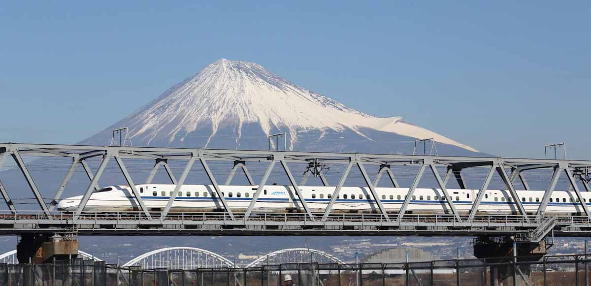 Japan's high-speed trains are called Shinkansen operated by Japan Railways. Photo courtesy of JNTO (Japan National Tourism Organization)