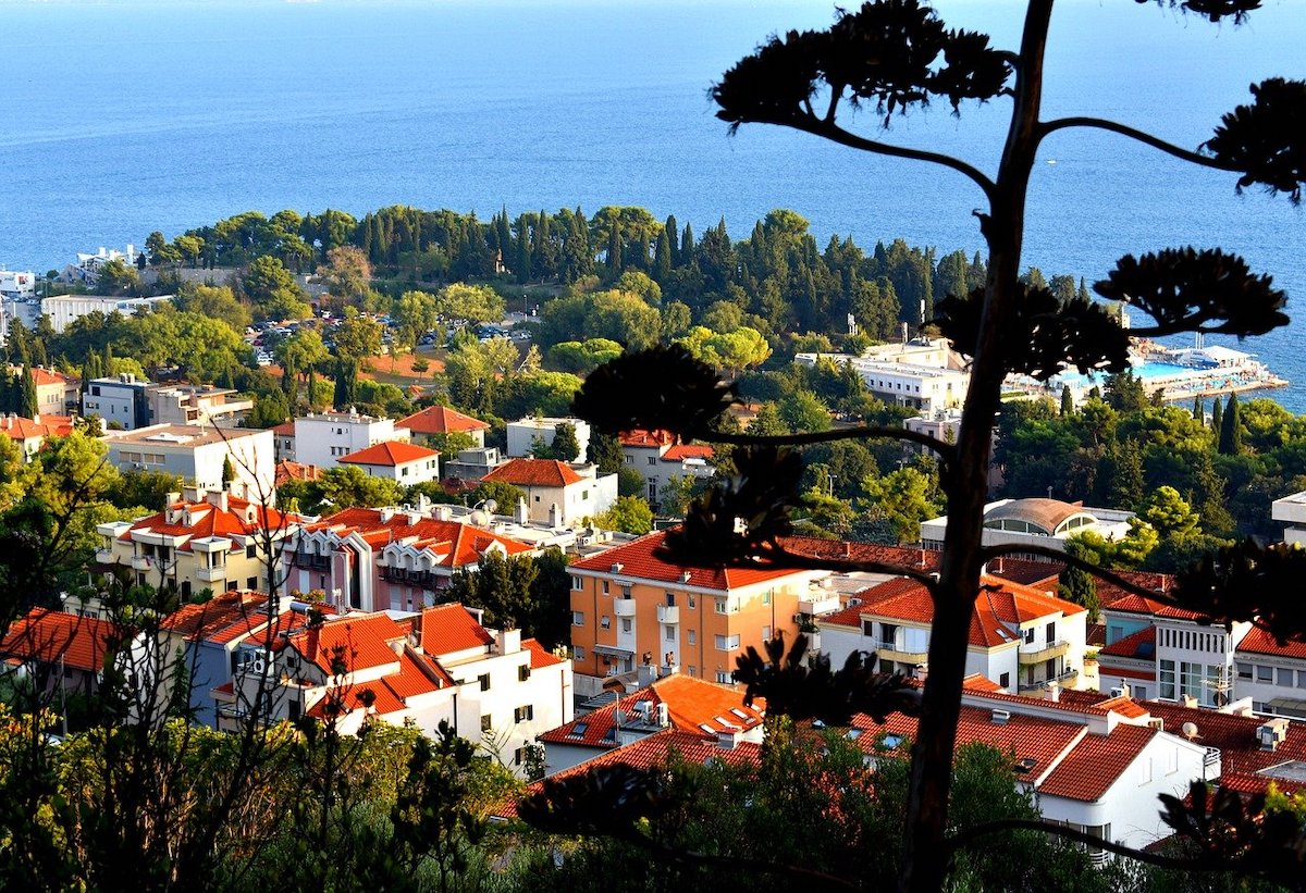 Places we can't wait to visit: Split is the second largest city in Croatia (Pixabay)