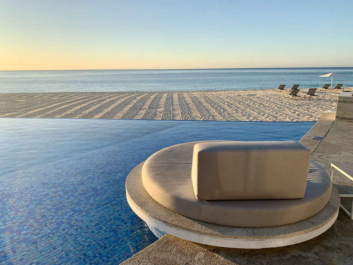 Infinity pool at Le Blanc with an ocean view (credit: Jennifer Bain)