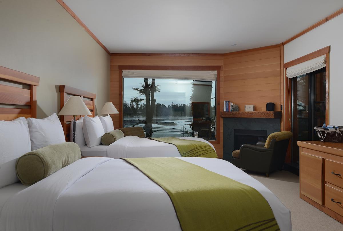 Wickaninnish Inn Queen Deluxe Room (credit: Wickaninnish Inn)