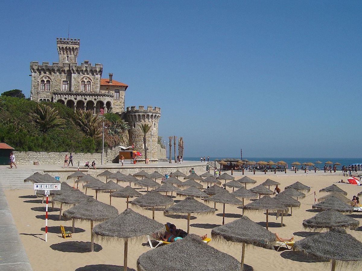 Someday I hope to take in this view of Estoril, on the Portuguese Riviera, in person (Credit: CC)