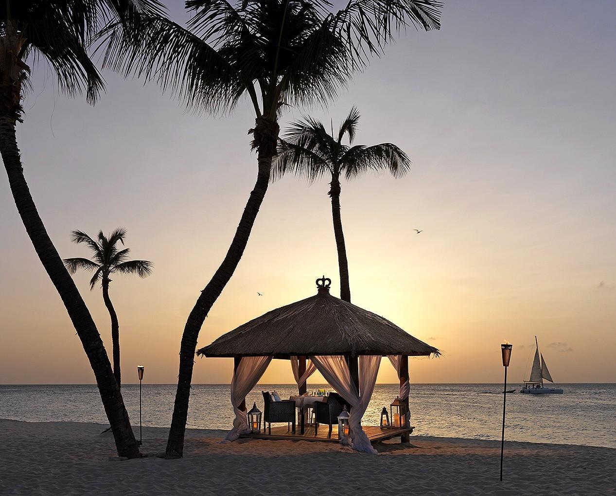 Private dining on the beach at Bucati and Tara Beach Resort